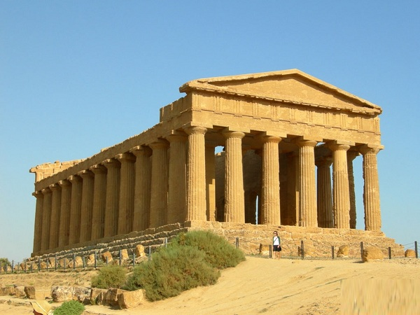 holiday in Sicily, agrigento temple of concord